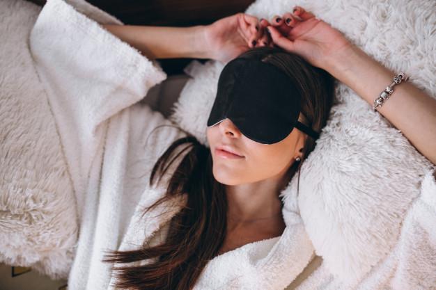 นอนอย่างไรให้หน้าใส แลดูอ่อนเยาว์